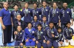 Judocas que treinam em Bastos conquistam 13 medalhas no 50º Torneio Periquito de Judô
