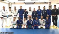 Judocas de Bastos se preparam para o 50º Torneio Periquito de Judô